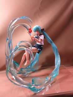 I've never seen this one before! So cool! Hatsune Miku figure