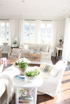Lovely in white with natural fibers.    Camilla At Home