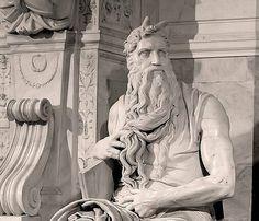Visitare San Pietro in Vicoli e il Mosé di Michelangelo