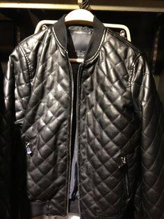 Zara Men's Black Quilted Jacket