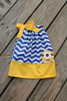 Hey, I found this really awesome Etsy listing at https://www.etsy.com/listing/156009203/minion-dress-newborn-girls-8