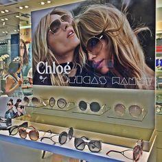 Que tal essa linda vitrine de Chloé?! Quem não ama?! ♥ #chloe #carlina #redondo #round #oticaswanny