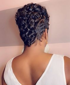 Short Sassy Hair, Long Hair Cuts, Curly Hair Styles, Natural Hair Styles, American Hairstyles, Haircut And Color, Great Hair, Diy Hairstyles, New Hair