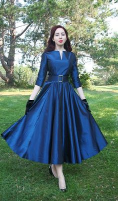 Best Clothes Vintage Outfits My Style Ideas 1950s Fashion, Vintage Fashion, Vintage Style, Retro Style, 50 Style, Trendy Style, Pretty Dresses, Beautiful Dresses, Full Circle Skirts