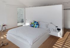 bedroom closet layout