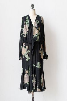 vintage 1930s inspired 70s floral dress | The Gypsy Rose Dres