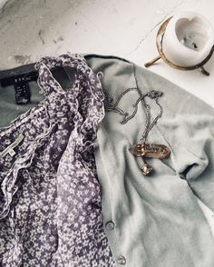 Lovely colors Vogue Fashion, Fox, Colors, Colour, Foxes, Color, Paint Colors, Hue