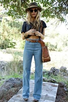 l love high waisted pants like this!