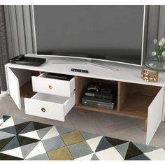 Szafka rtv o eleganckim wyglądzie komody do salonu to coraz częstszy widok w salonie. Jest to zauważalne, że preferujemy ten rodzaj szafki RTV ponad klasyczne wychodzące z mody szafki z odkrytymi półkami. Tutaj wszystko jest schowane a salon zostaje uporządkowany. Ontario, Office Desk, Flat Screen, Furniture, Home Decor, Living Room, Blood Plasma, Desk Office, Decoration Home