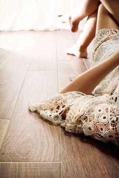 Html, Living Rooms, Dance Shoes, Interiors, Facebook, Design, Inspiration, Wood Types, Wood Flooring