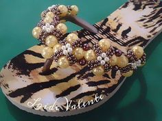 Chinelo Decorado Flor do Oriente 🌸 - LV - YouTube Diy Perler Beads, Cute Sandals, Cross Stitch Designs, Flip Flops, Youtube, Shoes, Flip Flop Craft, Zipper Bags, Seed Bead Tutorials