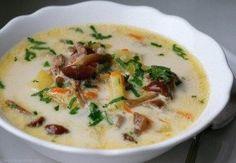 Сырный суп с куриным фаршем и опятами