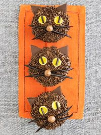 Halloween Black Cat Cupcakes. Easy!