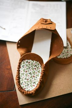 Aspen Summit: lazy sunday project: diy moccasins