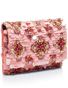 Oscar de la Renta Spring 2016 soft petal Petite evening clutch x jesssshing Beaded Clutch, Beaded Bags, Fashion Bags, Fashion Accessories, Fashion Plates, Clutch Purse, Pink Clutch, Beautiful Bags, Flip Flops