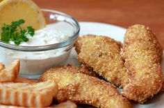 Crispy battered and fried Cajun catfish is served with a delicious homemade tartar sauce and fries. Fish Dishes, Seafood Dishes, Fish And Seafood, Main Dishes, Supper Recipes, Fish Recipes, Seafood Recipes, I Love Food, Good Food