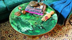 Green Faux Marble Table DIY!  #DecoArt #PouringMedium #GlazeCoat #FauxMarble
