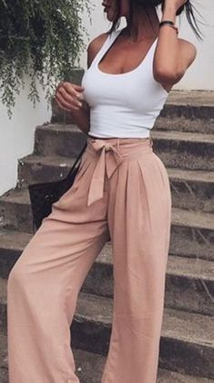 Stunning 36 Best Outfits For Your Summer Inspiration https://clothme.net/2018/02/22/36-best-outfits-summer-inspiration/