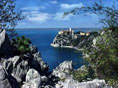 Castellodi Duino dal sentiero Rilke