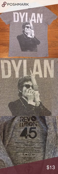 """Bob Dylan Revolution 45 Tee Good condition, has some normal wear, dark heather gray color, made of 50% polyester, 38% cotton and 12% rayon, men's size medium, approximate measurements are 20"""" armpit to armpit and 27"""" top to bottom, Very Cool Vintage Look...Iconic Artist! Bundle for an Extra Discount! Revolution 45 Shirts Tees - Short Sleeve"""