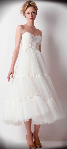 Ana Quasoar Robe Zelda | Short Wedding Dress