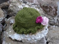 knitted baby girl hat pattern