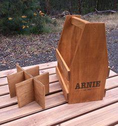 Personnalisé porteur de bière en bois caisse de par RoarTimberworks