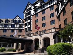 The Traveling Grandma: Adventures with Isabelle: The charming and historic Hotel Roanoke