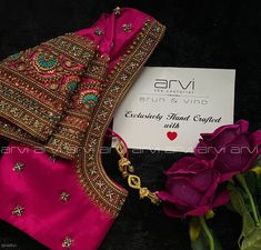 Best Blouse Designs, Wedding Saree Blouse Designs, Blouse Neck Designs, Embroidery Neck Designs, Indian Embroidery, Dress Design Drawing, Hand Work Blouse Design, Designer Blouse Patterns, Pink Blouses