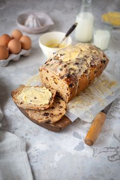 A delicious and easy hot cross bun  recipe that make 1 medium loaf and 8 hot cross buns. Perfect for Easter #recipe #baking #bread #sweetbread #loaf