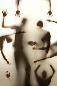 Eerie | Creepy | Surreal | Uncanny | Strange | 不気味 | Mystérieux | Strano…