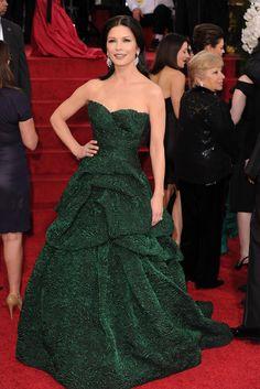 Catherine Zeta Jones in Monique L'Hullier - 2011 Golden Globes