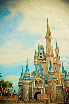 Cinderella Castle, The Magic Kingdom, Walt Disney World.