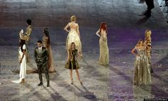 Fashion models including Kate Moss, Naomi Campbell, David Gandy and Carmen Campuzano on stage during the London Olympic Games 2012 Closing Ceremony at the Olympic Stadium, London. RESS ASSOCIATION Photo. Picture date: Sunday August 12, 2012. See PA story Olympics . Photo credit should read: David Davies/PA Wire. EDITORIAL USE ONLY