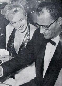 11/04/1957 Bal April in Paris - Divine Marilyn Monroe