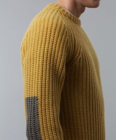 Knit Dreams from MitiMota: Fotos Mens Fashion Sweaters, Knitwear Fashion, Men Sweater, Ribbed Sweater, Men's Fashion, Boys Sweaters, Knitting Stitches, Street Style Women, My Style