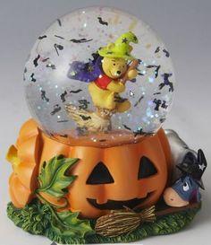 Disney Pooh & Eeyore Halloween Snowglobe