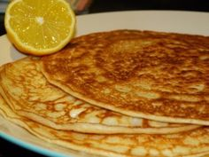 low FODMAP pancake recipe http://www.huffingtonpost.co.uk/diane-taylor/gluten-free-pancake-day-recipes-free-from-gluten-wheat-dairy_b_1288468.html?ref=tw