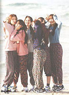 Imagem embutida Extended Play, Bubblegum Pop, Gfriend Sowon, Girl Korea, G Friend, My Little Baby, Girl Humor, Super Funny, Me As A Girlfriend