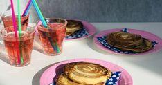 Ken je die heerlijke broodjes en koekjes met een heerlijke kaneel cinnamon swirl? Maak net zo'n feestje van je American pancakes met deze verrukkelijke kaneelswirl! American Pancakes, Brunch, Fruit
