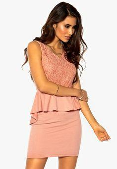 Model Behaviour Frida Dress Dusty Pink