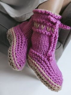 No more cold feet ever again with these knitted boots. Emulating both the classic Lovikka pattern and the moon boots, these knitted boots are worked in double super-chunky Novita Hygge Wool yarn. Knitting Projects, Knitting Patterns, Crochet Hooks, Knit Crochet, Moon Boots, Wool Socks, Slipper Boots, Long Winter, Stockinette
