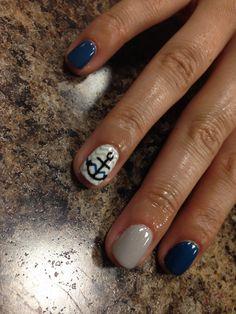 Chevron with anchor, gel nail art