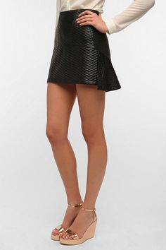 Elliatt Quilted Dolls Mini Skirt