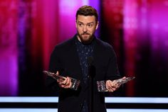 People's Choice Awards 2017 red carpet and best moments – in pictures