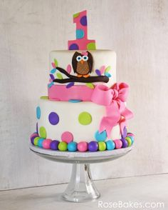 girls 1st birthday cake | ... i would do it without the owl, like the color and dots