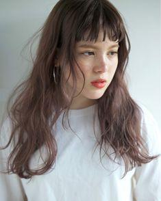 短めの前髪がイマドキウケる♡幼く見えない大人の前髪短めスタイル in 2020 Beauty Make Up, Hair Beauty, Gorgeous Hair Color, Nerd Fashion, Curly Hair Cuts, Dream Hair, Hair Goals, Hair Makeup, Beautiful