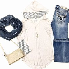 """↠ Striped Detail Hooded Tunic $34 • Rock Revival """"Pari"""" Bootcut $169 • Two Tone Aztec Necklace $16 • Antler Printed Infinity Scarf $18 • Hobo """"Cadence"""" Crossbody $128 #shophoitytoity  Shop in stores or CALL to order! 360.217.7684 S & 360.716.2982 M"""