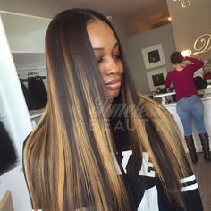 """""""@timelessbeautyhair ・・・ •Traditional Sew-in •Custom Color •Hair provided by @dhairboutique Malaysian 2 bundles  #dallashair #dallasstylist #weaves…"""""""