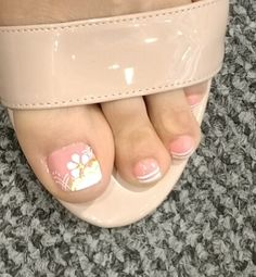 Pretty Toe Nails, Pretty Toes, Pedicure Designs, Nail Designs, Toe Nail Art, Diy Nails, Roxy, Make Up, Tattoos